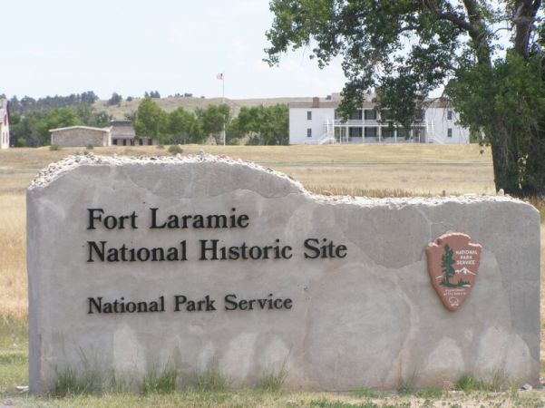 Fort_Laramie_NHS-Gate