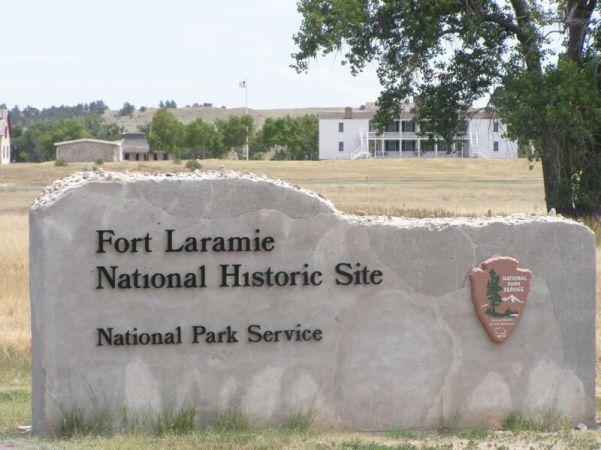 Fort_Laramie_NHS-Gate