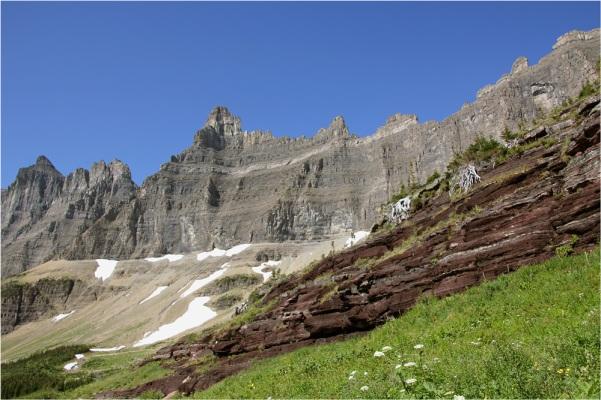 iceberg-lake-trail-992cb4f2-544e-49fb-b522-ae0979f32d07