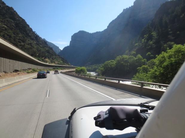 …da Florida ao Alaska, guiando um Jeep com uma Caravana!.(25)