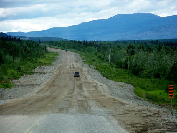Rough-Stretch-of-Alaska-HIghway-North-of-Whitehorse-YT-2011-06-30_1536x1152