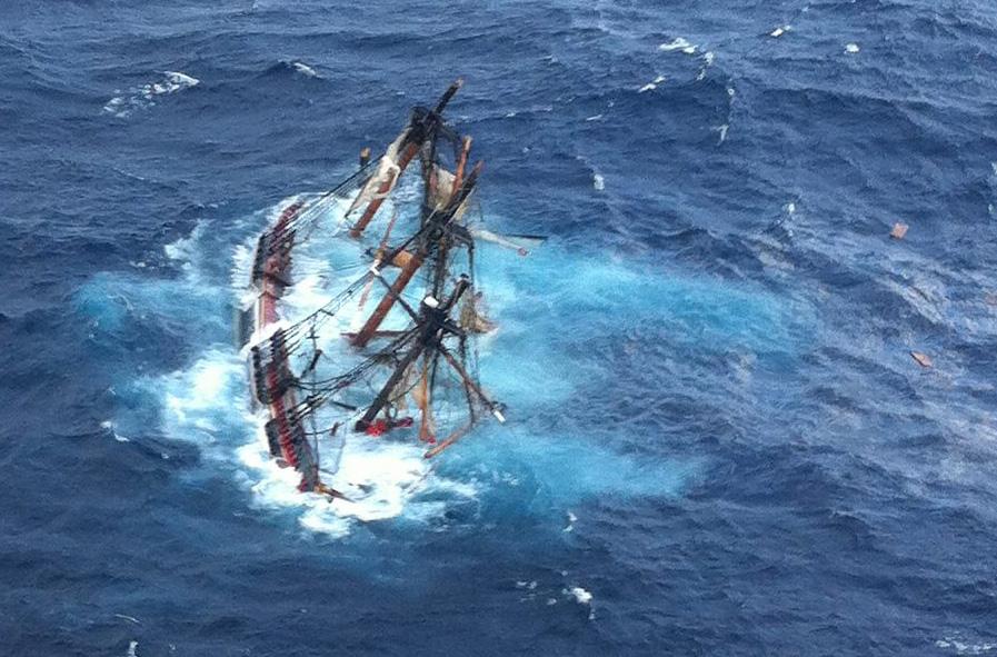 Resultado de imagem para naus naufragadas