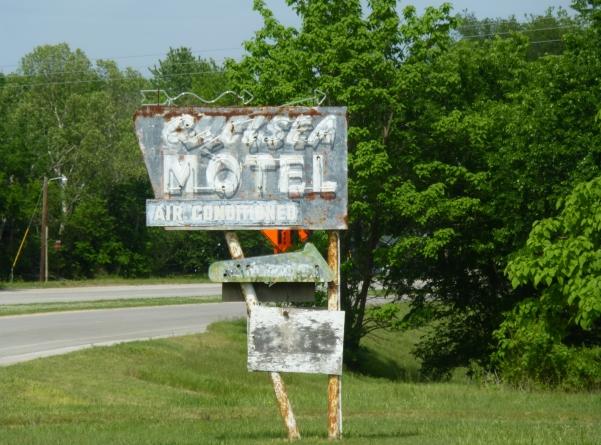 chelsea motel 2